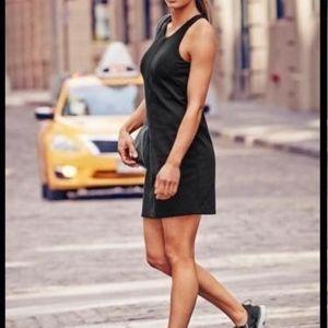 athleta black Whirlwind Tank Dress tennis bra M